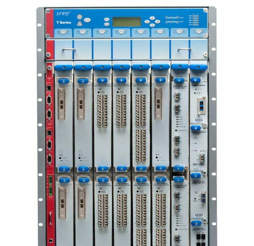 Juniper Core-Router T4000