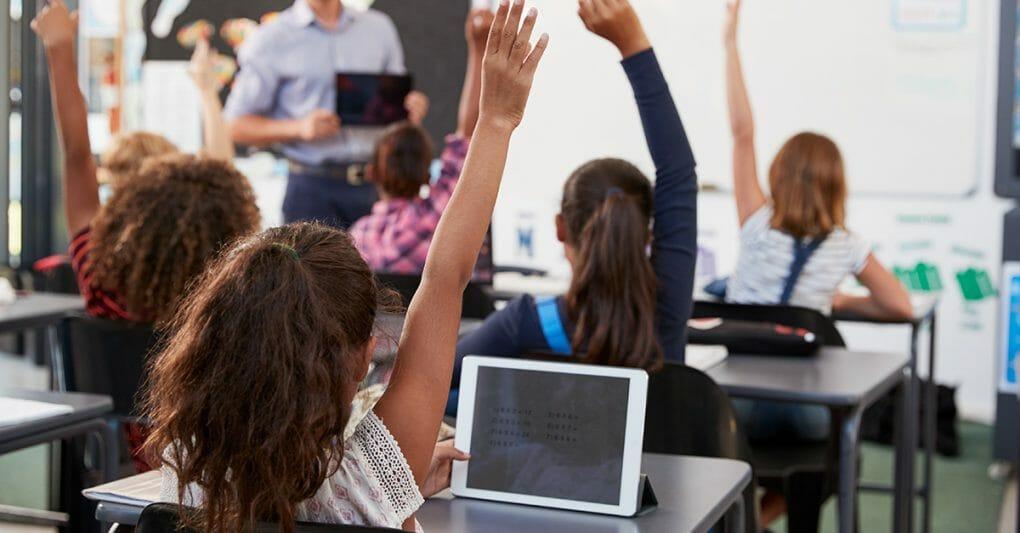Symbolbild Blogbeitrag WLAN Lösungen für Schulen